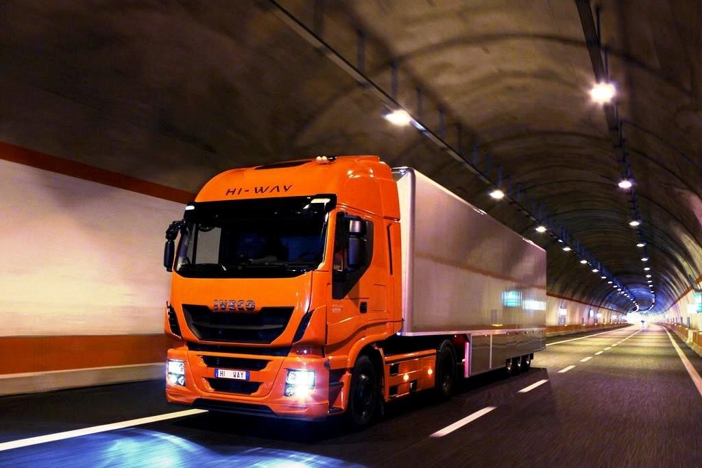 europe transport truck mar16 (6)